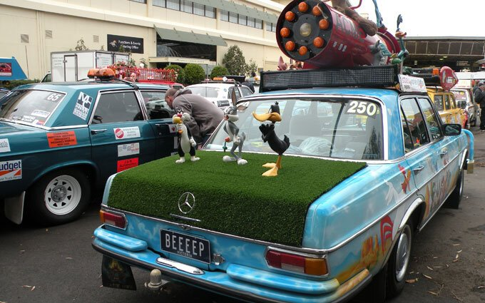 Looney Tunes car.