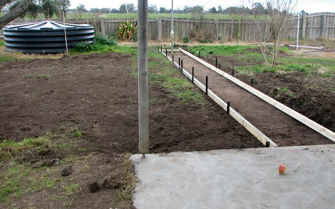 Ken's pathway to the clothesline is ready for concreting.