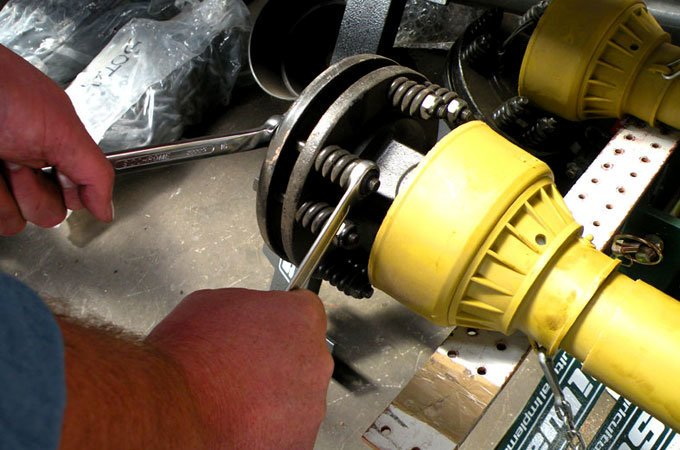 Tractor Pto Slip Clutches : The nuts bolts of implement maintenance sota tractors