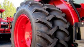 Duals set on a narrow tyre bias.