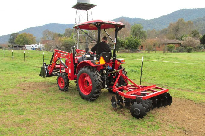 APOLLO 254 25hp with AGMAX DH150 disc harrows.