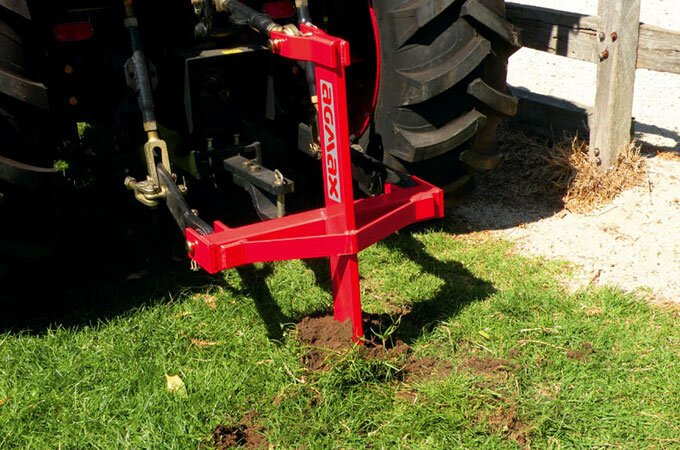 The ripper attaches easily to your tractor's TPL.