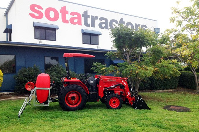 The APOLLO 454 45hp diesel 4WD fitted with 4-in-1 front end loader and Silvan KBC400 eco pack spray and boom.