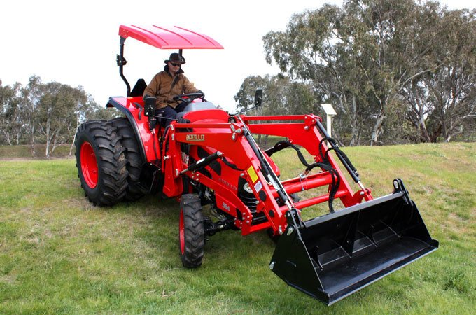 Tractor safety A wider wheel track on the APOLLO 554 is ideal for sloping land and for additional stability, optional dual wheel kits are available for this model.