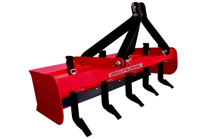 "The V500 is the largest AGMAX box scraper with 5 tines and a digging depth of 200mm (8"")."