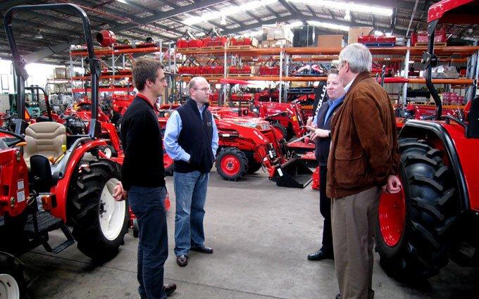 Del Morino representatives visit Australia to check out SOTA Tractors.