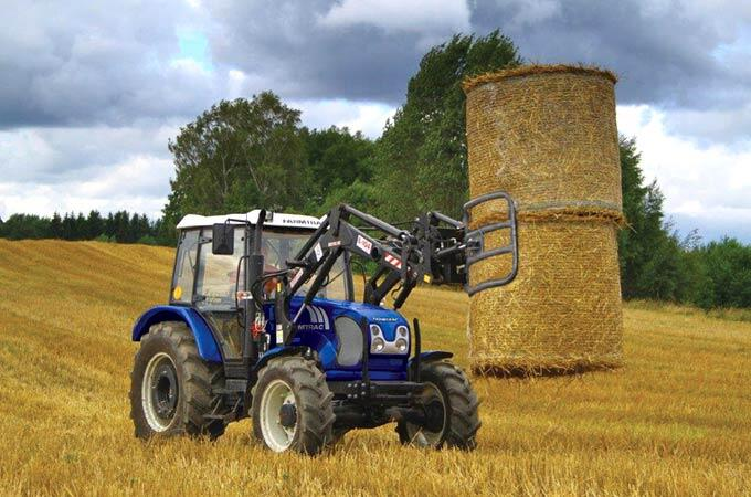 Farmtrac 690DT 90hp with optional bale grab.