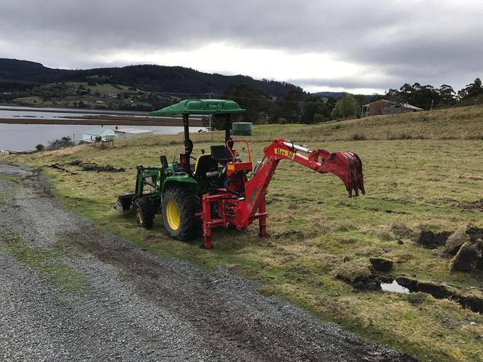 Paul Chen's Del Morino RES 30 on John Deere 3036E – TAS, 2017 Del Morino Tractor backhoe - Linkage backhoes