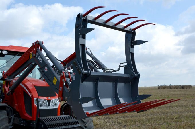 The Euro hitch silage grip is manufactured in Europe.