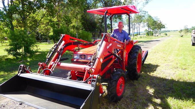 Ray Smith's Kubota L1-24DT