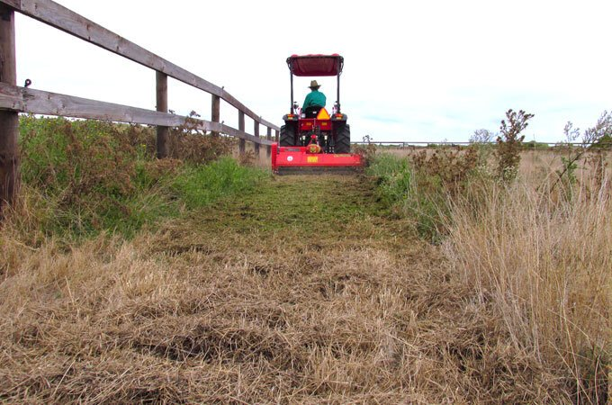APOLLO 45hp tractor mulching with a Del Morino FP158 flail mower.