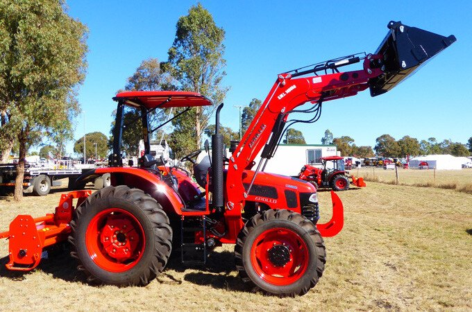 APOLLO 954 4WD diesel 95hp tractor.