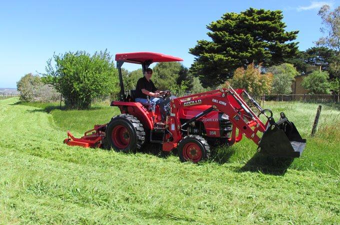 APOLLO 354 35hp tractor.