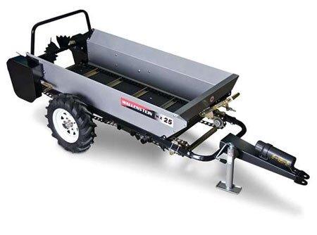 The MX25G manure spreader.